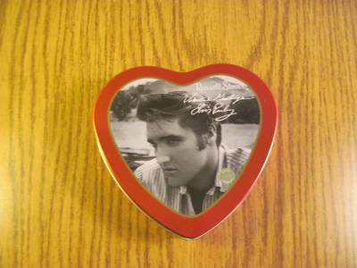 Elvis Presley Valentines Greeting Tin Russel Stover with 2000 EPE Seal image 4