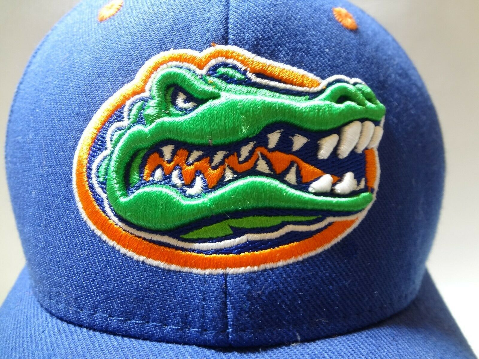 New University Of Florida UF Zephyr Fitted Cap Hat 7 1/2 Z brand College  image 3