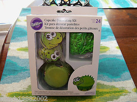 Wilton Dinosaur Cupcake Decorating Kit NEW - $17.01