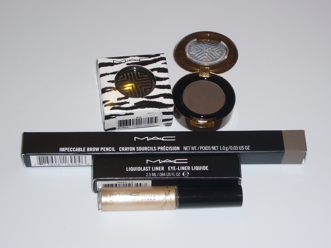 MAC Cosmetics 3 PCS Eye Shadow Liquid Eyeliner Brow Pencil S MAC