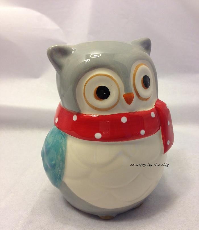 Snowy owl scrubby 3