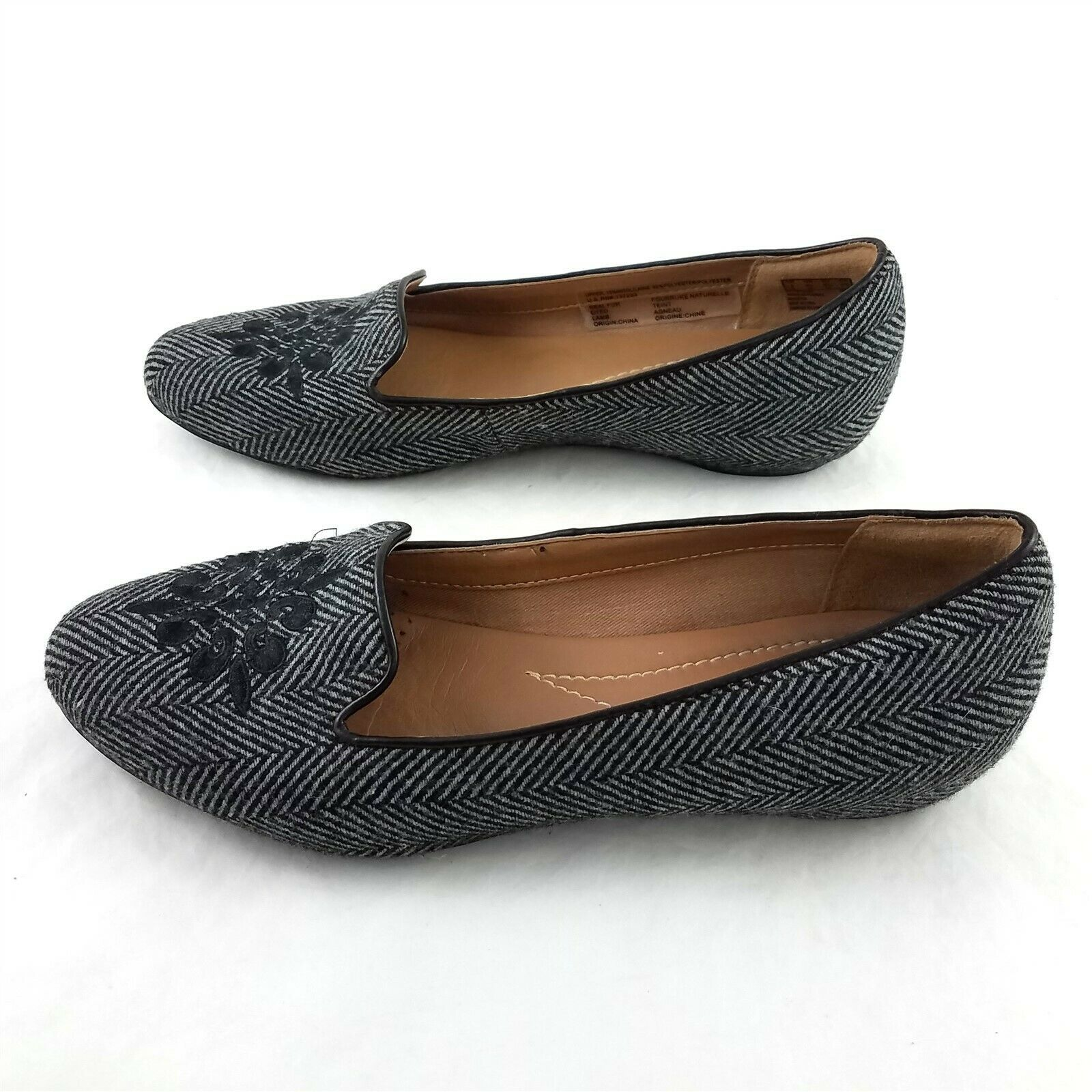 Primary image for Clarks Artisan Gray Herringbone Floral Wool Blend Ballet Flats Shoes Women 8.5 M