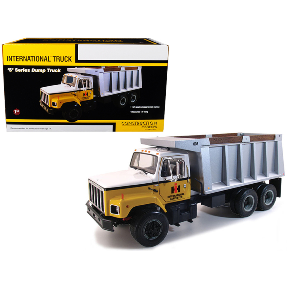 International S Series Dump Truck 1/25 Diecast Model by First Gear 40-0190
