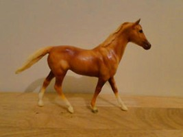 Breyer Classic size #262 Colleen on Ruffian Mold 1993-1994  Used  <> - $22.24