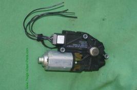 06-13 Volvo C70 Convertible Trunk Actuator Motor P/N: 1716533A image 3