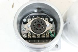 Crouse-Hinds EC-501A Enclosure w/Socket-Base For Level Switch New image 4