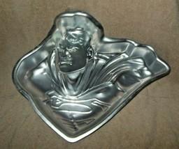 WILTON ALUMINUM DC COMICS SUPERMAN CAKE PAN  - $15.99