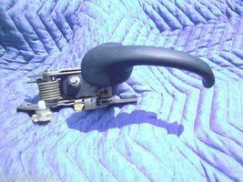 2000 2002 Lincoln Navigator Left Inside Door Handle - $61.43