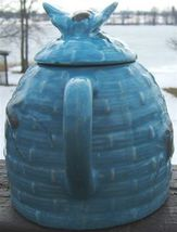 Vintage BLUE Ceramic TROPIC BEE NATURAL WILD HONEY JUG with BEE COVER image 4