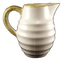 Cash family pitcher 4 thumb200