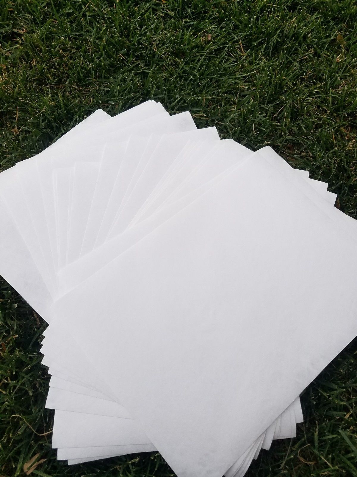 """100 Sheets Neutral PH Glassine paper 16/"""" x 20/"""" Archival .. Acid Free New"""