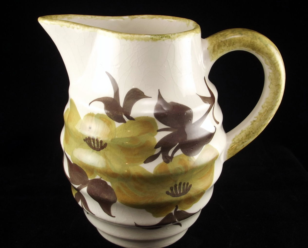 Cash family pitcher 1