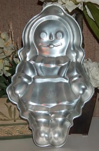 Wilton Cake Pan Raggedy Ann Doll