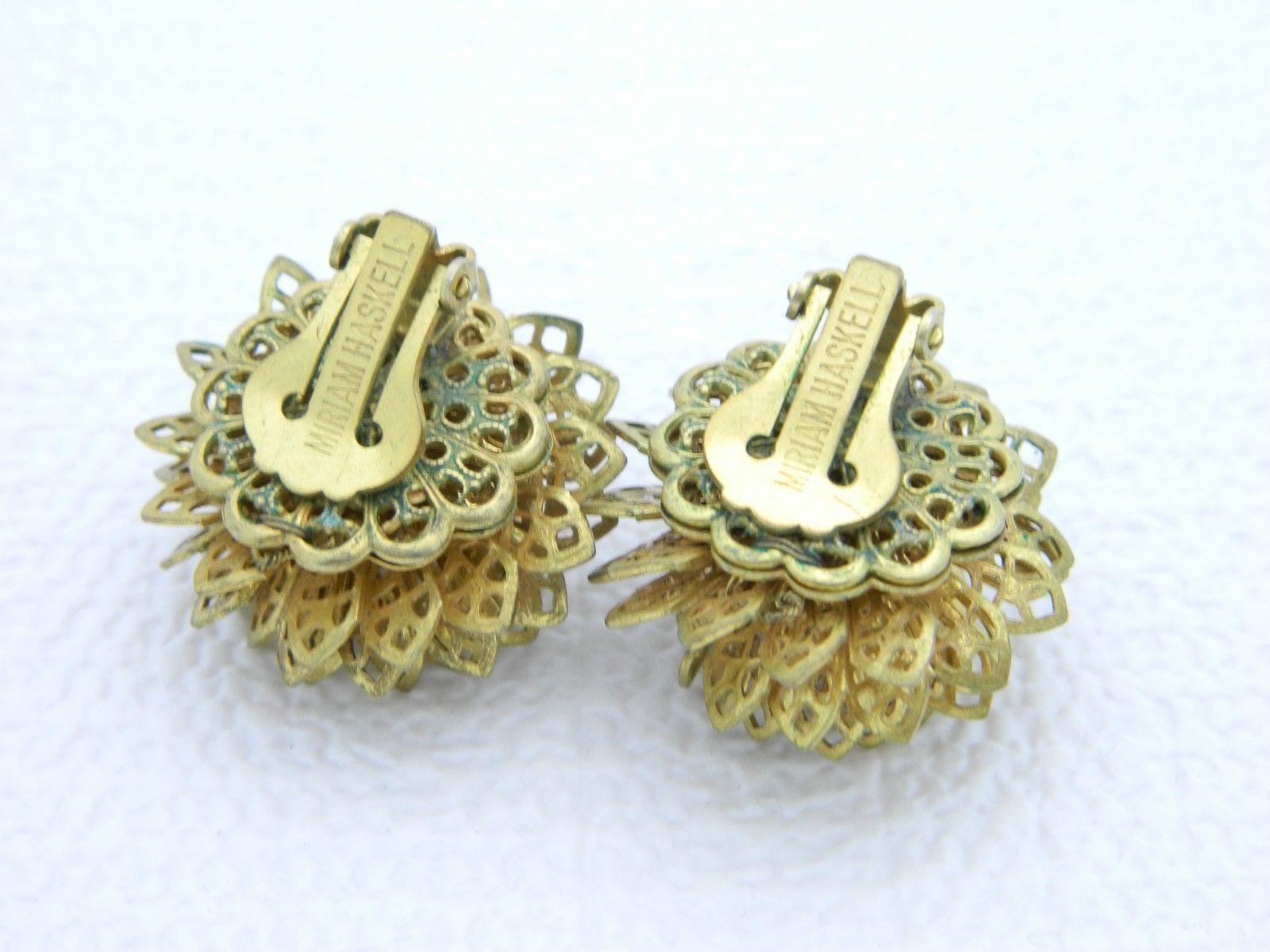 VTG MIRIAM HASKELL Gold Tone Ornate Openwork Flower Clip Earrings
