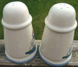 Roosters Strutting Whimsical Vintage Ceramic Salt and Pepper Shaker Set  1970s image 5