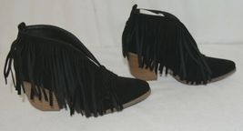Beast Fashion Carrie 01 Black Fringe Slip On Shoes Size 6 And Half image 3