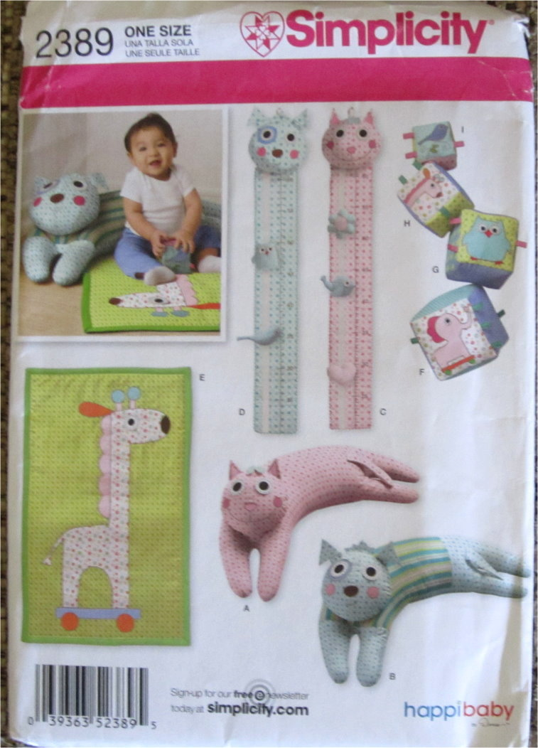 Uncut Pattern For Cute Growth Chart, Playmat, Booster Pillow and Blocks  S 2389