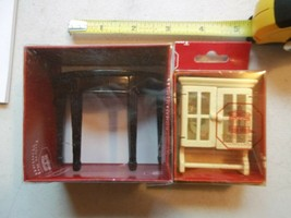 Town Square MINIATURES 1:12 SCALE Hutch Top With Dishes & Hall table NEW - $19.34