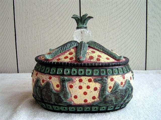 Camel Container with Gem