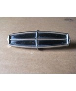 1994 LINCOLN CONTINETAL FRONT GRILLE EMBLEM. - $15.00