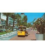 Exotic Lincoln Mall, Miami Beach, Florida unused Postcard  - $3.99
