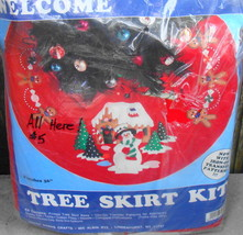 Design Works Felt Christmas Tree Skirt Applique Kit Snowman Welcome 5205* - $24.00