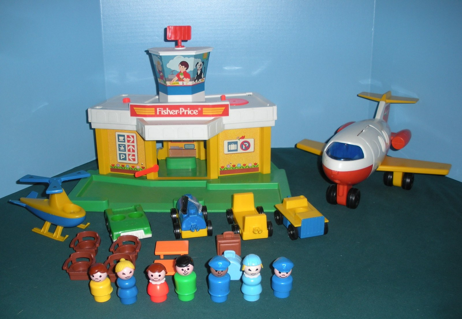 Primary image for Vintage Fisher Price #2502 Play Family Airport Complete/EXC++-NEAR MINT!