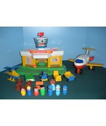 Vintage Fisher Price #2502 Play Family Airport Complete/EXC++-NEAR MINT!