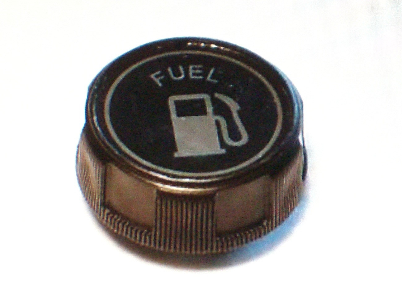 Fuel Gas Cap fits Briggs and Stratton, Mclane, MTD and Murray 494559