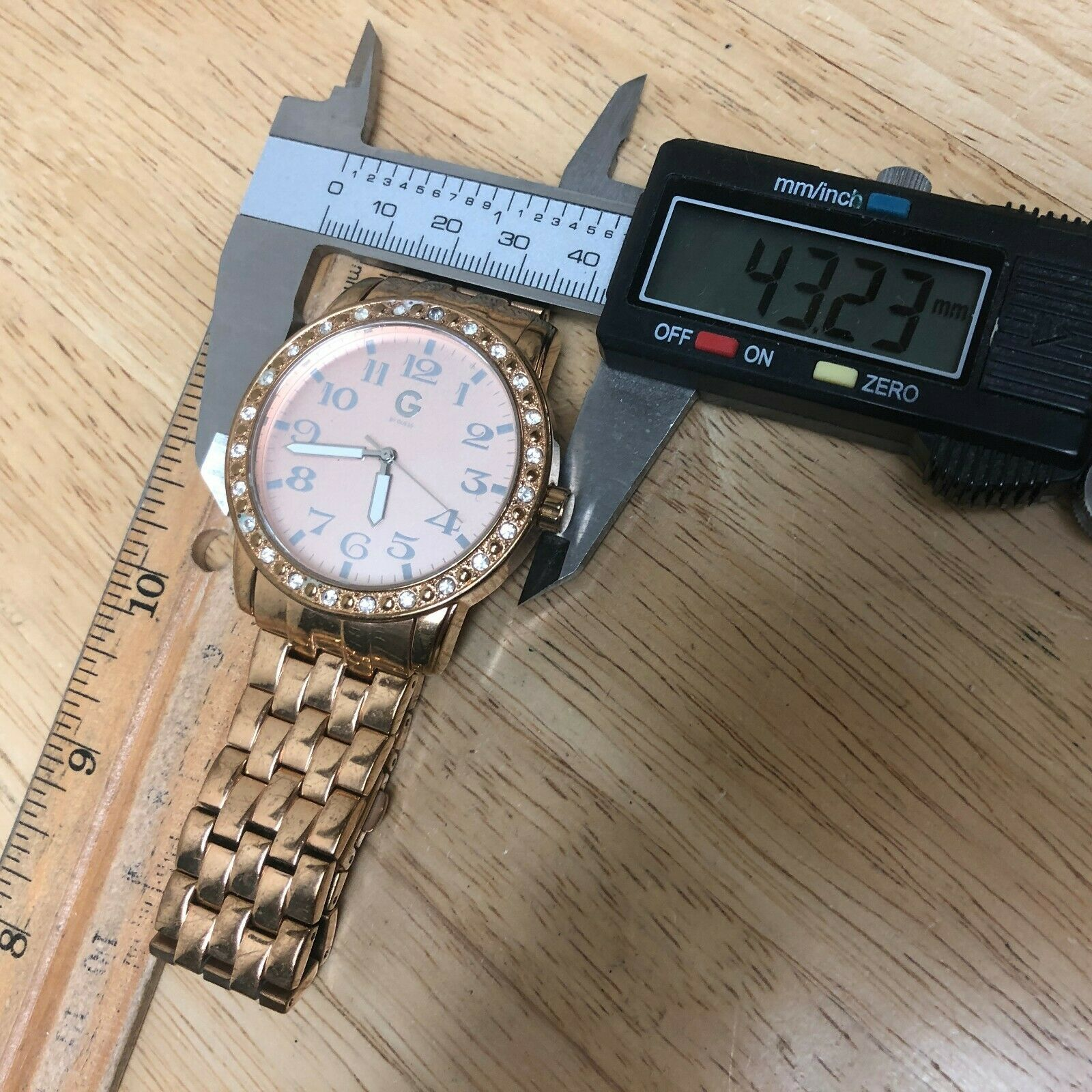 G By GUESS Lady Rose Gold Tone Rhinestone Analog Quartz Watch Hours~New Battery image 5