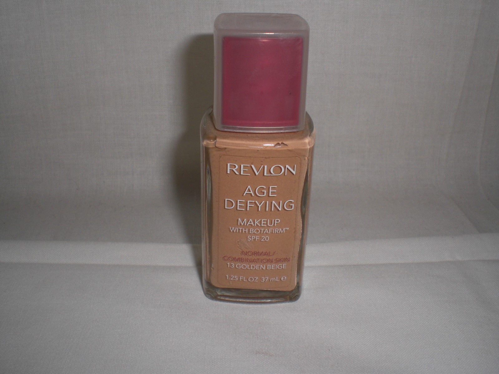 Revlon Age Defying Spf 20 Skin Liquid Foundation Makeup 13 Golden Beige 1 25 Oz