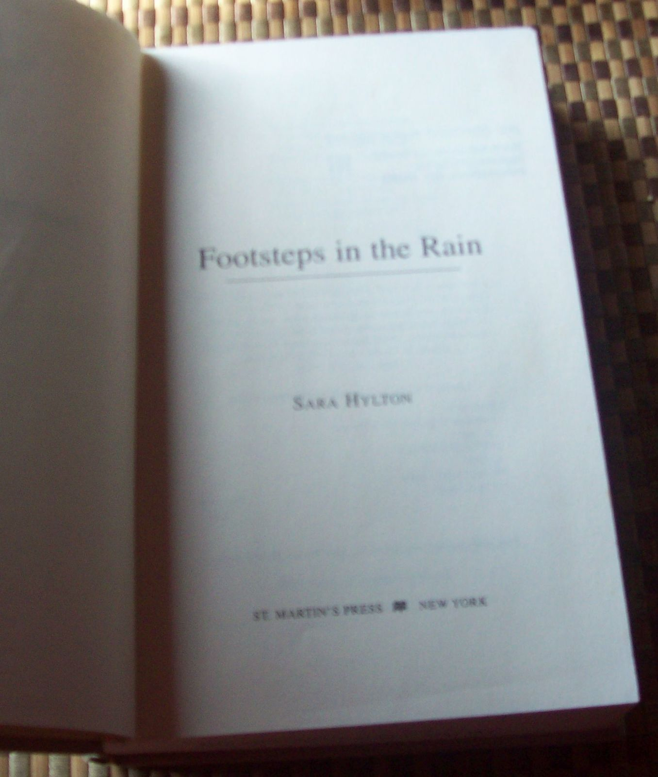 Footsteps in the Rain by Sara Hylton 1997 HBDJ India England