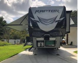 2018 KEYSTONE RAPTOR 428SP FOR SALE IN Murrells Inlet, SC 29576 image 9