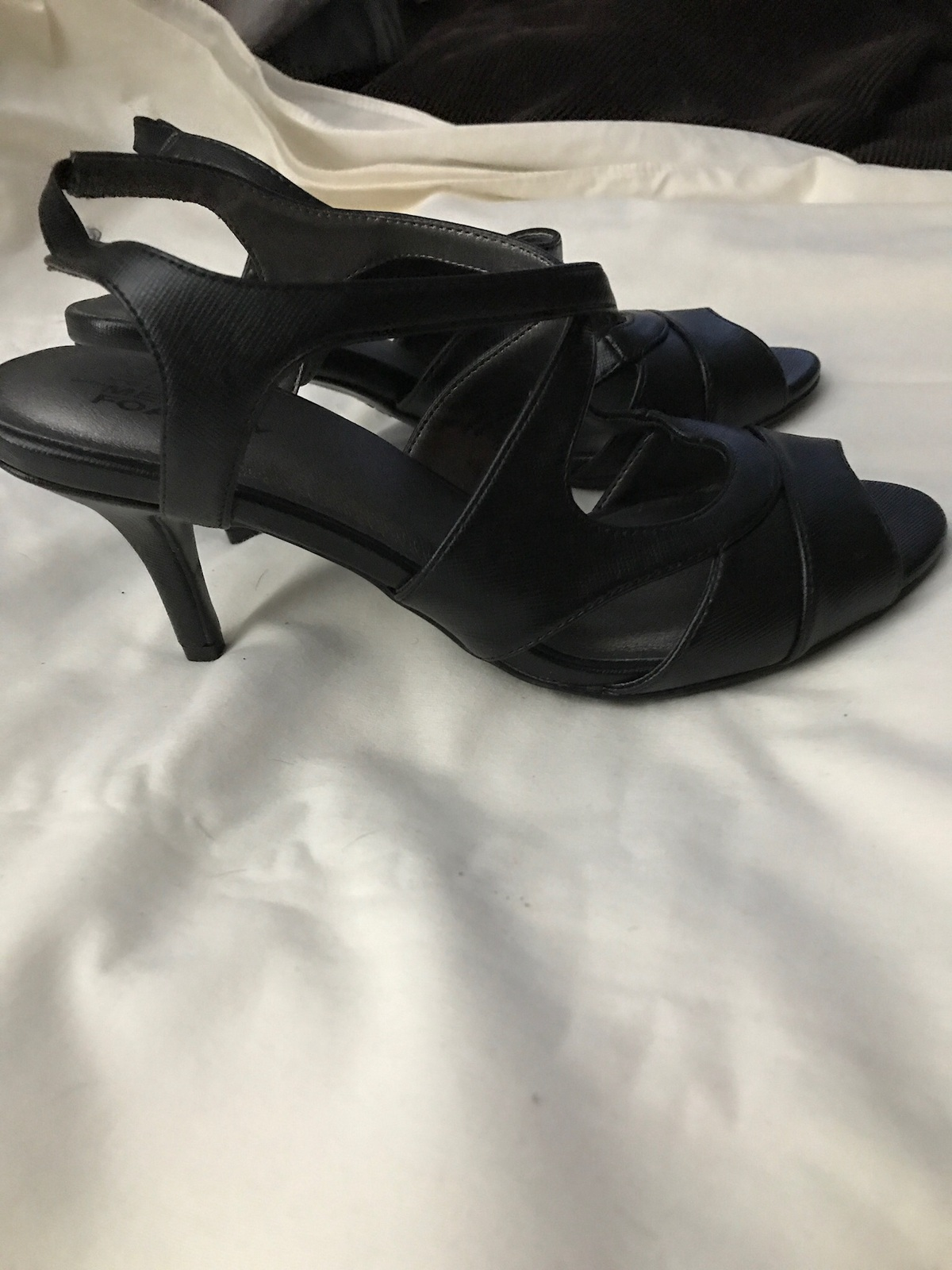 Women's Life Style High Heel Shoe with Memory Foam Size 7.