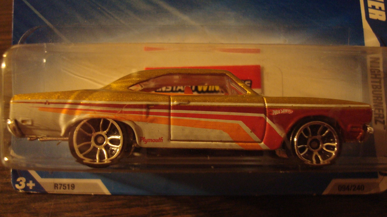 Primary image for Hot Wheels - 70 Plymouth Road Runner - Never Opened