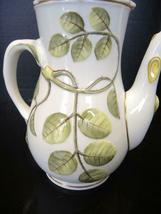 Royal Worcester 4 Cup Tea Pot - The Blind Earl Pattern image 6