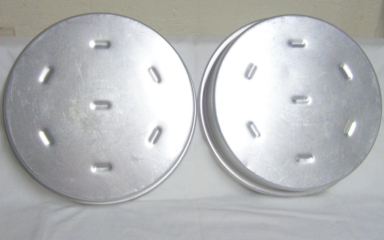 Set Of 2 Rema Air Bake Round Aluminum Cake Pans Bakeware