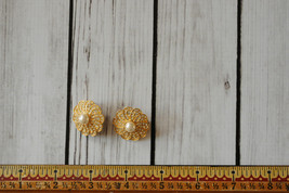 vintage gold rhinestone pave flower clip earrings large round clip earrings - $14.84