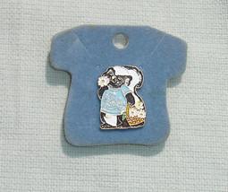 Vintage Hallmark Shirt Tales Pin - Lil Stinker Skunk - $12.99