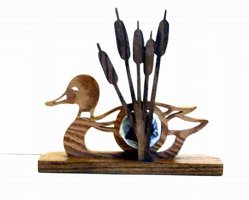 Desk Clock Wood Duck  Cattails Figural Battery Operated