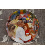 ORPHAN ANNIE Souvenir Collector Plate BRADEX KNOWLES Limited Ed. DADDY W... - $19.95