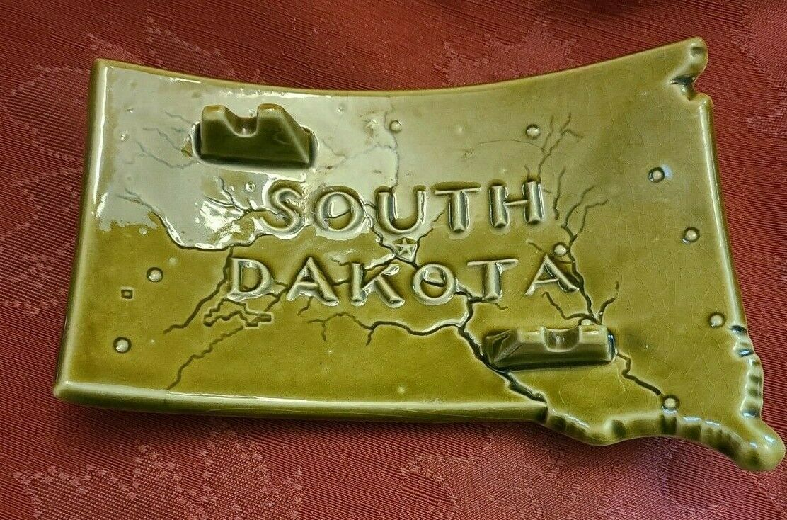 Vintage Green Ceramic South Dakota Ashtray - Has Map with Cities shown.