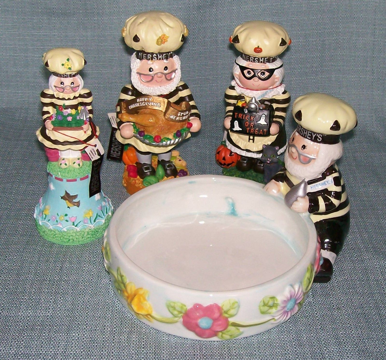 Hershey Collectibles-Spring Bell / Candy Dish, Thanksgiving, Halloween Figurines image 8