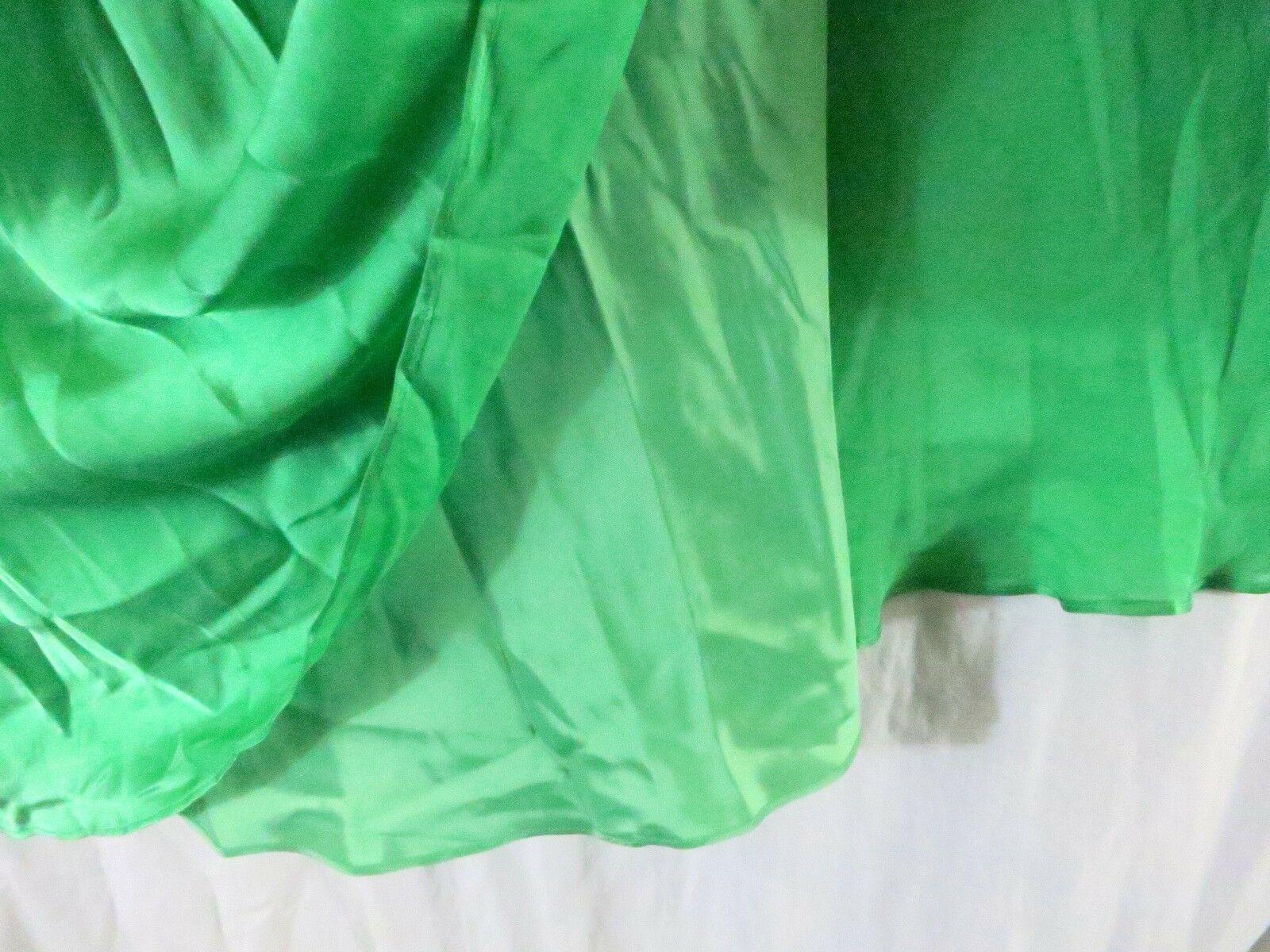 Anne Klein Dress 10 Green Strap V Neck Knee Length Cocktail Party Silk