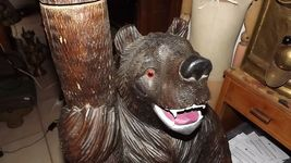 Important Antique 1900 German Swiss Brienz Black Forest family bear coat rack image 4