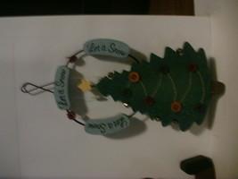 2 Wooden Tender Heart Treasures Ltd Decorations Christmas Tree & Santa image 2