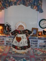 """Soft Sculptured 23"""" Free Standing Grandma Green Check w/ tiny red dot image 5"""