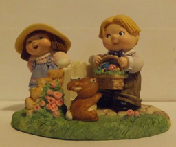 Hallmark Merry Miniatures Bashful Friends 3-Piece Set 1999 - $8.99