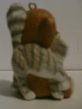 1988 Hallmark Handcrafted Ornament Purrfect Snuggle image 2