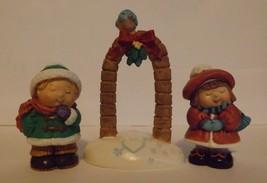 Hallmark Merry Miniatures Bashful Mistletoe 3-Piece Set Holidays 1996 image 2
